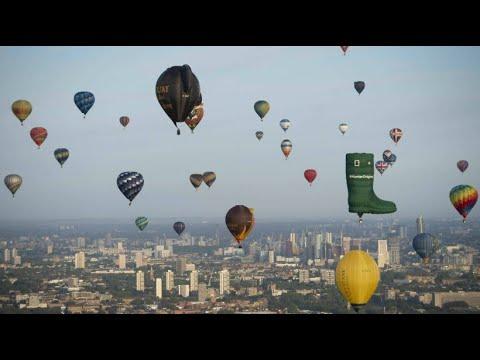 Farbtupfer an Londons Himmel: Heißluftballons für den ...