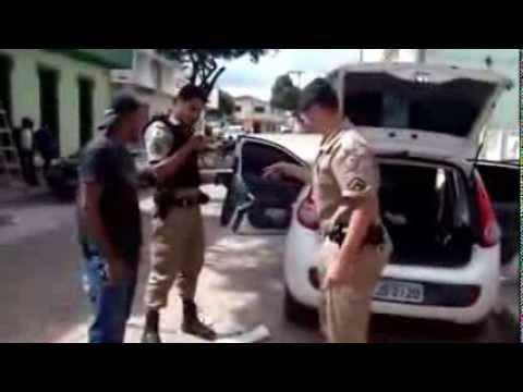 Bandidos explodem caixa eletrônico de banco em Materlândia