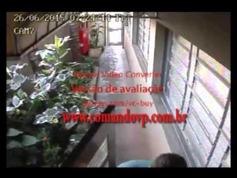 Câmeras gravam ação de quadrilha em roubo a empresa de ônibus