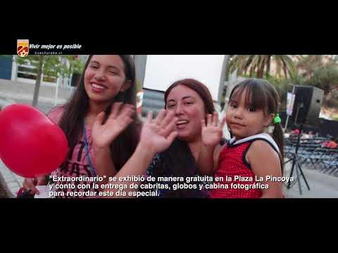 """Más de 500 vecinos celebraron el Día del Amor con Cine Bajo Las Estrellas y el estreno de la película """"Extraordinario"""", aún en la cartelera de los cines, que cuenta la historia de un niño que por su apariencia debe enfrentarse al rechazo y la discriminación pero también a la amistad, el amor  y la solidaridad."""