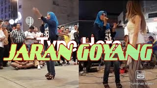 Video Jaran Goyang [VIRAL] spectators & tourists have fun together with blind street musicians.. download in MP3, 3GP, MP4, WEBM, AVI, FLV January 2017