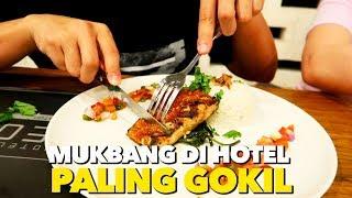 Video MUKBANG PALING GOKIL DI HOTEL NEO+ KUTA LEGIAN MP3, 3GP, MP4, WEBM, AVI, FLV Desember 2018