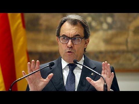 Στο εδώλιο ο πρώην πρόεδρος της Καταλονίας για το άτυπο δημοψήφισμα