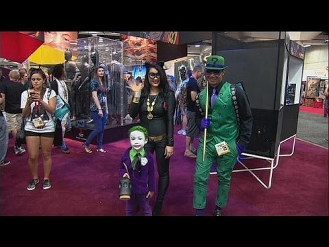 celebrates - Comic-Con, the annual comics and fantasy convention in San Diego, highlights all pop culture - film, TV, video games, comic books, costumes and everything in between. This year was Batman's...