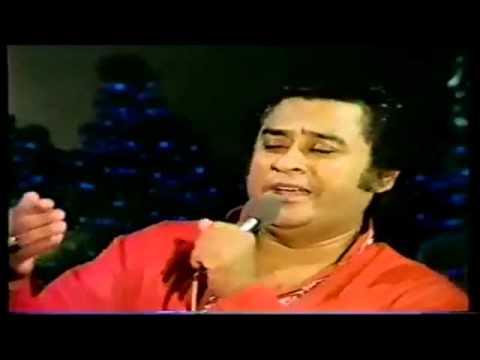 Video Kishore Kumar Live - Phoolon Ka Taron Ka Sab Ka Kehna Hai - (Kishore Live In UK) download in MP3, 3GP, MP4, WEBM, AVI, FLV January 2017