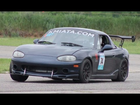 Oh My!! Honda-Powered NB Mazda MX-5 Is BADASS!