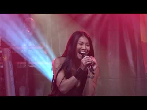 ANGGUN  . La rose des vents .  Mouscron 2016 (видео)