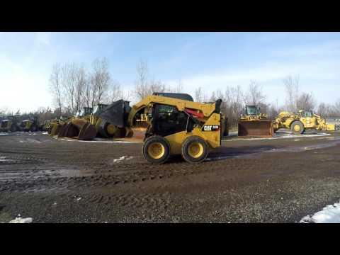 Caterpillar MINIÎNCĂRCĂTOARE RIGIDE MULTIFUNCŢIONALE 242D equipment video 0acS0g111jo