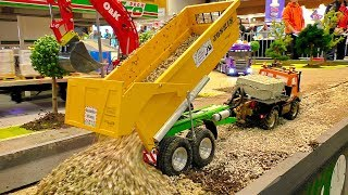 Fantastic RC construction site with amazing model machines in sacale 1/16. Enjoy watching...Event: Model Construction Fair in Wels Austria April 2017More videos from this event you can see my playlist:https://www.youtube.com/playlist?list=PLeQrXy3lR8j_7-Z1A-_Oo1dXIhpBfwR2yCredit: RC SPOTTER