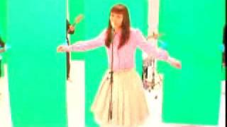 土岐麻子「君に胸キュン」