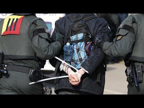 Συλλήψεις και επεισόδια στο συνέδριο του ακροδεξιού κόμματος Εναλλακτική για τη Γερμανία