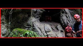 Höhlentour im französischen Jura