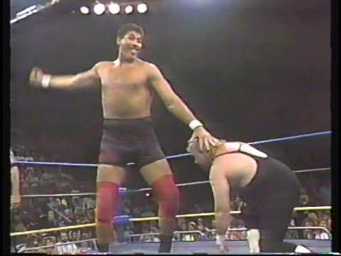 El Gigante vs. Mike Fever (1991-12-08)