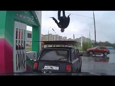 ガソリンスタンドで仕事中に客の車の上で踊りだす店員にご注意