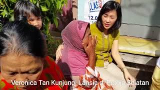 Veronica Tan Kunjungi Lansia di Petojo Selatan