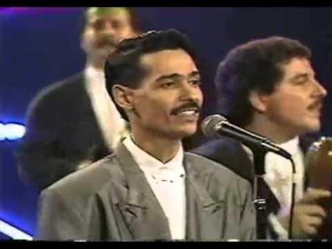 Eddie Santiago Mia