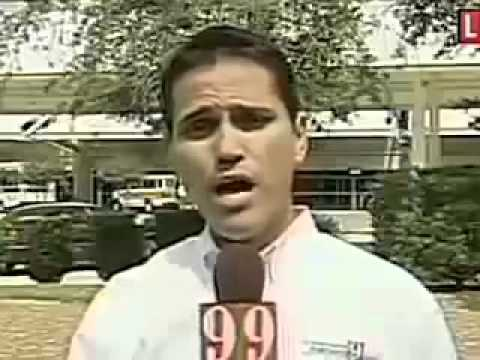 Reporter Can't Say Name Without Moving His Head (VIDEO)