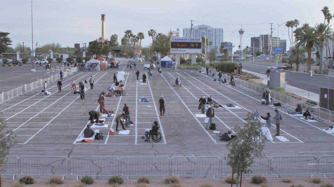 Στο Λας Βέγκας μετέτρεψαν ανοιχτό πάρκινγκ σε «καταφύγιο αστέγων» λόγω κορωνοϊού