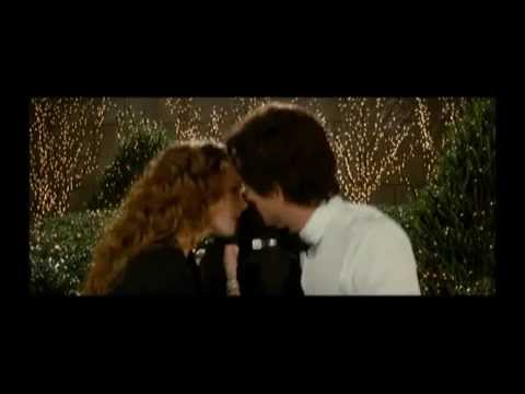 Confessions of a Shopaholic - Deleted Scene- Unexpected Kiss