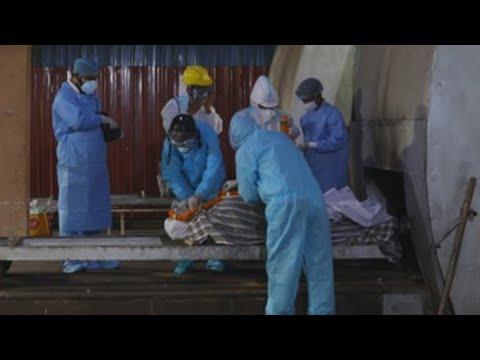 La India registra 4.000 muertes por coronavirus por tercer día consecutivo