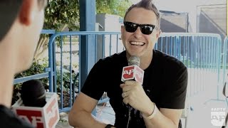 """<b>Mark Hoppus</b> On """"dropping The Bass"""" Vs """"slapping The Bass"""" At Taste Of Chaos"""