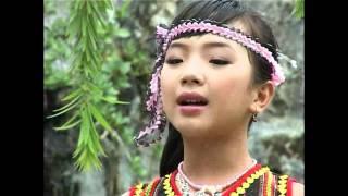 Tiếng Chày Trên Sóc Bom Bo - Bé Quỳnh Như - Thần đồng cổ nhạc 11 tuổi