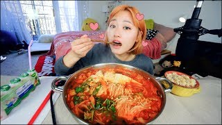 Video Best Pork Kimchi Stew I ever made..... Mukbang | KEEMI★ MP3, 3GP, MP4, WEBM, AVI, FLV September 2018