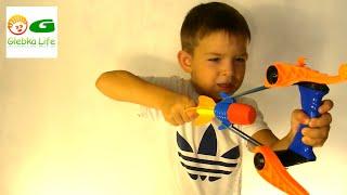 Воздушный снайпер. Игрушки для мальчиков: рогатка. Air sniper .Детский канал.ссылка на видео https://youtu.be/0ed3eecQBQ4Если вам понравилось нашe видео, ставьте лайк   и подписывайтесь на мой канал! ⚫ https://www.youtube.com/c/GlebkaLifeСмотрите другое мое видео!► https://goo.gl/STpVZo     Киндер сюрпризы► https://goo.gl/dp2mUo     Роботы, Трансформеры► https://goo.gl/oN8tYB     Машинки, Хот Вилс► https://goo.gl/04mlDa     Шары СЮРПРИЗЫВпереди много интересного. Новое видео каждый день.Глебка в соц. сетях:Одноклассники https://goo.gl/SvM4ObВконтакте https://goo.gl/d0ZDvA+Google https://goo.gl/vELY6vЛУЧШАЯ ПАРТНЕРКА как у меня http://join.air.io/coolll If you liked our video, give a like and subscribe to our channel! https://www.youtube.com/c/GlebkaLifeA lot more coming. New videos every day.Best Affiliate Programs like me http://join.air.io/coolll