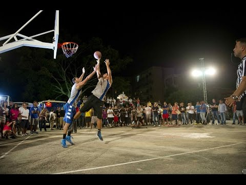 King - Click CC for English! Red Bull King of the Rock went down in Lebanon, where the country's best one-on-one basketball players battled it out in some intense street ball. The winner will be headed...