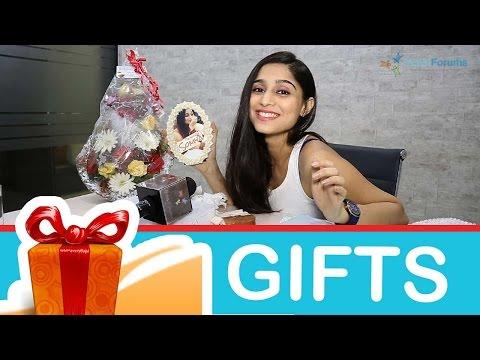 Soumya Seth's Gift Segment - Part 02