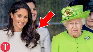 Video 20 Mistakes Meghan Markle Has ALREADY MADE As A Royal MP3, 3GP, MP4, WEBM, AVI, FLV Juni 2018