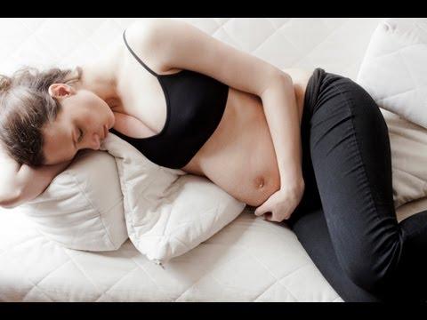 in che posizione dormire durante la gravidanza?