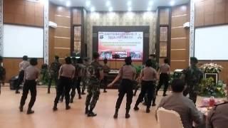 Polwan Polres Asahan / TNI dlm HUT POLWAN KE 67
