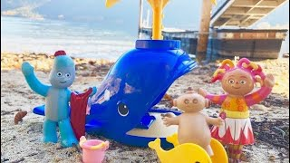 BEACH DAY Calico Critters Whale Playground IN THE NIGHT GARDEN TOYS!
