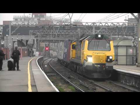 True HD - Freightliner Class 70, 70008 Thrashes & Clags Through Stratford On 4M93
