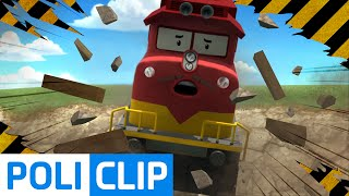 Train accident in The Brooms town | Robocar Poli Clips Video