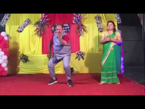 Dancing Uncle In India | Sanjeev Srivastava Govinda Dance | Dancing Uncle Viral Video