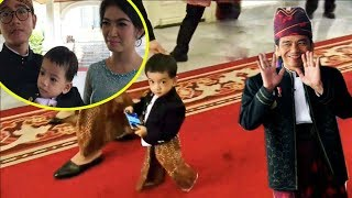 Video Lucunya Cucu jokowi Jan Ethes jadi pusat perhatian Tamu Istana Negara 17 Agustus 2017 MP3, 3GP, MP4, WEBM, AVI, FLV Agustus 2017