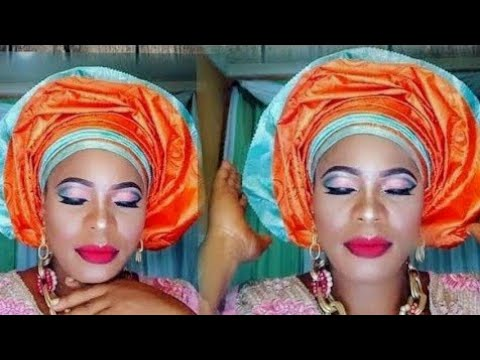 DOUBLE  GELE AND MAKEUP TUTORIAL.