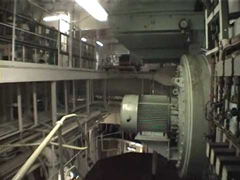 engine - A tour of a ship's engine room. 300000 tonne tanker. Main Engine: B&W two stroke, large bore, long stroke turbocharged diesel engine. Bore 800mm, 32000 shp...