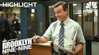 Nonton Boyle Helps Rosa Get out of a Love Triangle - Brooklyn Nine-Nine (Episode Highlight) Film Subtitle Indonesia Streaming Movie Download