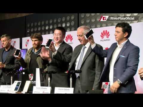 Leonardo Ponzio, en la presentaci�n de Huawei