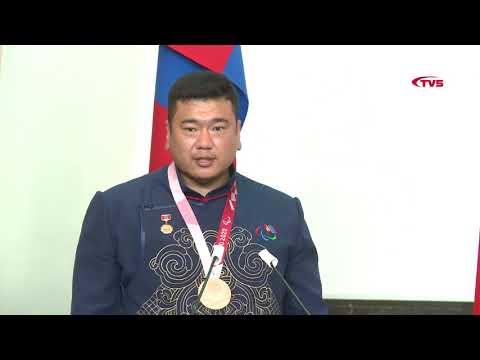 Олимпын наадамд амжилттай оролцсон тамирчин, дасгалжуулагч, шүүгчдэд шагнал гардууллаа