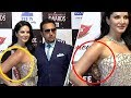 Sunny Leone And Gulshan Grover AWKWARD Moment Caught At Big Zee Entertainment Awards 2017
