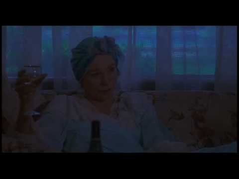 Postcards from the edge (1990) scene with Shirley MacLaine and Meryl Streep (видео)