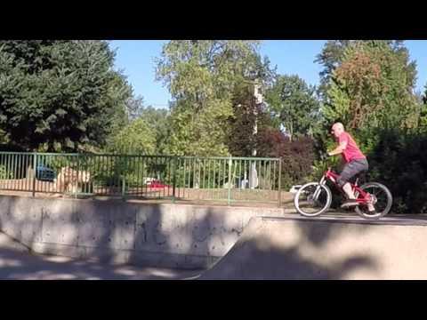 Clackamette OR Skate park