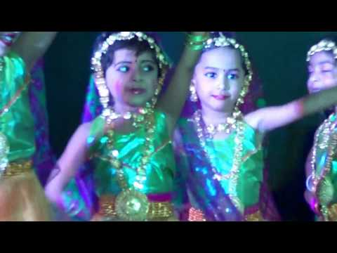 Video Meghavarshini in LKG Chinmaya Vidyalaya Dance 'Cham Cham' - KG Graduation Day March 2017 download in MP3, 3GP, MP4, WEBM, AVI, FLV January 2017