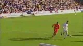 Mark Viduka erzielt vier Treffer gegen Liverpool