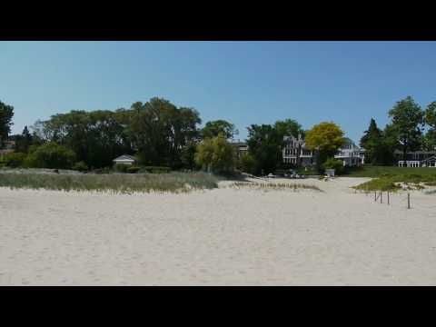 A rare rental on the beach in Wilmette