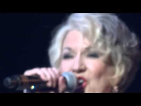 LIVE Nu Shooz   'I Can't Wait' 2013 (видео)